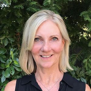 senior-living-consultant-maureen-simmons